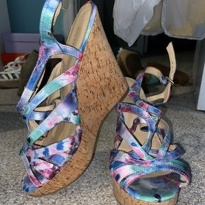 X•APPEAL wedges multicolored